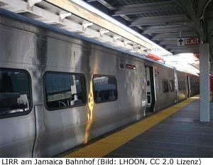 LIRR Zug Jamaica JFK