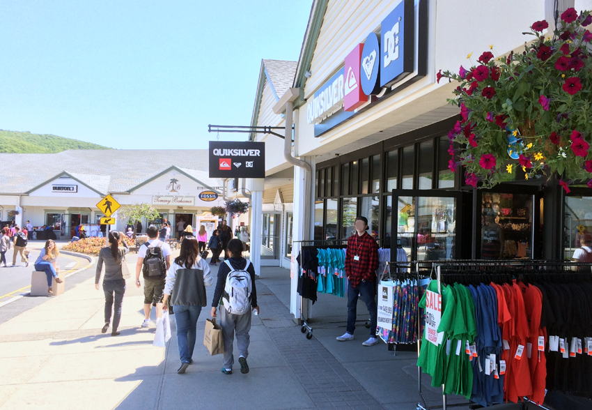Woodbury Outlet New-York